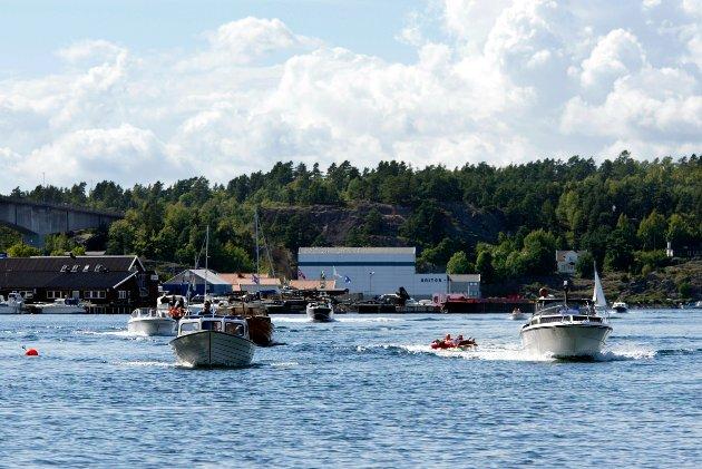 BÅTLIV: – Det er mange grunner til at promille ikke fungerer når du er ute i båt, skriver Randi Hagen Eriksrud, generalsekretær i Av-og-til. Illustrasjonsfoto: Terje Bendiksby / NTB
