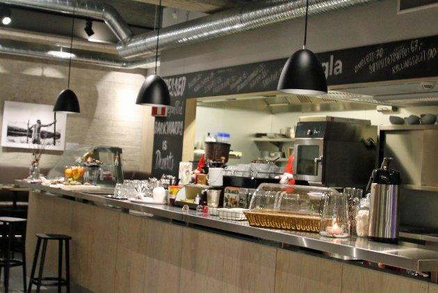 LETT LUNSJ: Kafé Kringla er stedet for en lett lunsj, uhøytidelig stemning og veldig gode priser. Vann og Brød kommer gjerne tilbake. Foto: Vann og Brød