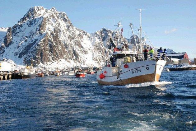 Leserbrevskribenten mener man må sjøsette det norske elbileventyret, for å gi færre utslipp til havs. Illustrasjonsfoto: Bjørnar Larsen, Lofotposten