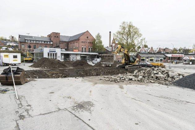 Det graves på Tippen i Hønefoss