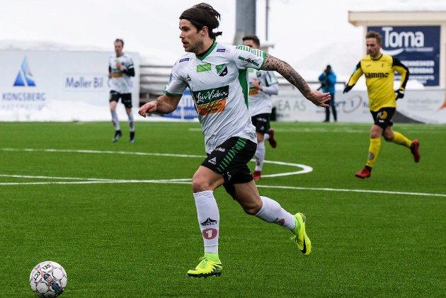 EN AV DE STORE SIGNERINGENE: Hønefoss har satset offensivt på overgangsmarkedet. Alexander Groven blir viktig i klubbens jakt på en topp fire-plassering.