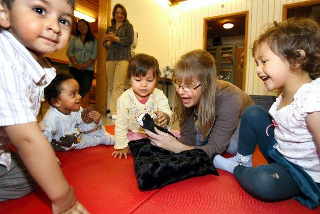 Integrering: Åpen barnehage er en av få arenaer hvor det foregår interaksjon på tvers av nasjonaliteter og kulturer. Forskere har spesielt vektlagt integreringsaspektet mellom grupper med ulik sosioøkonomisk bakgrunn.Illustrasjonsfoto: Kay Stenshjemmet