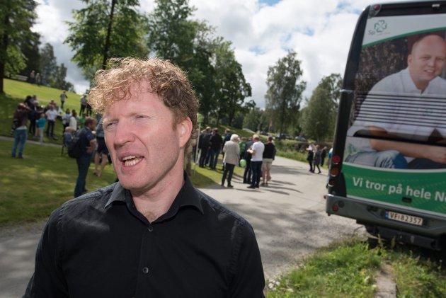 SP's førstekandidat: I sin iver etter å desinformere, har Sigbjørn Gjelsvik åpenbart ikke forstått poenget, at en for liten kommune  ikke er bærekraftig. Skremmende!Foto:  Vidar Sandnes