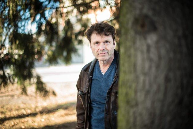 INGEN REVOLVER: Torkil Damhaug hører med til eliten av norske krimforfattere, men vår anmelder mener han har mistet noe av den snerten han hadde i de romanene som ga han to Rivertonpriser. FOTO: VIDAR SANDNES