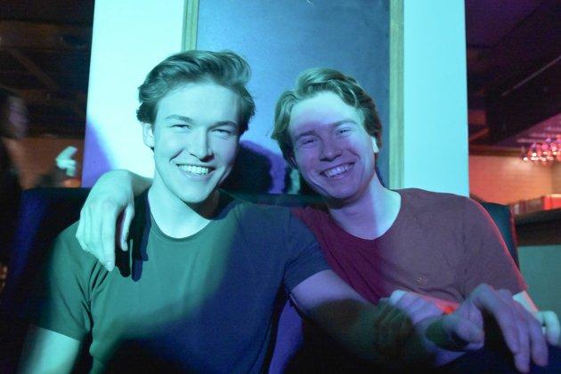 DJ: Dan Remi Lauritzen og Hans-Eskild Lehm var to av kveldens fire DJ'er.