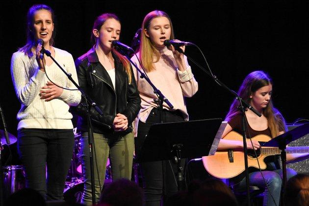 Kulturskolen og Notodden videregående skole har et godt samarbeid, som publikum fikk nyte godt av på kulturskolens bandkonsert.
