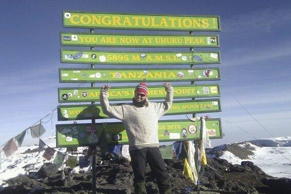 Kilimanjaro, 2012: – I 2012 ble jeg nærmest ved en tilfeldighet med en gjeng fra Kristiansund til Kilimanjaro, sier Ingvild Settemsdal. Kilimanjaro ligger i Tanzania og er Afrikas høyeste fjell (5.895 moh). Foto: Privat