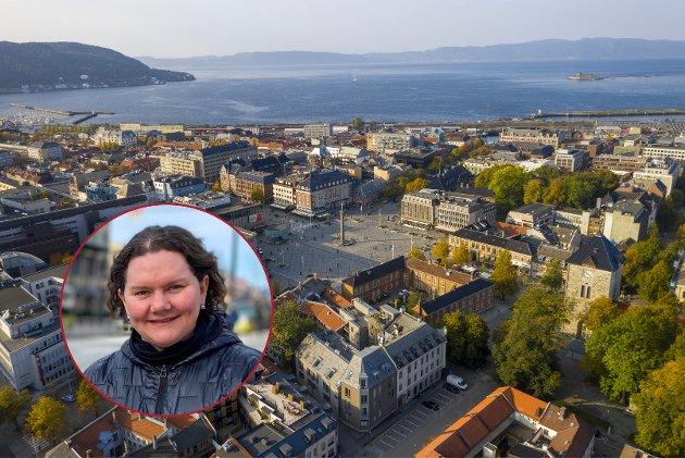 Etablering av sykkeltraseer fortrenger både handelsparkering og beboerparkering, og for deler av næringslivet i Midtbyen er ei sånn utvikling kritisk, skriver Elin Marie Andreassen (Frp).