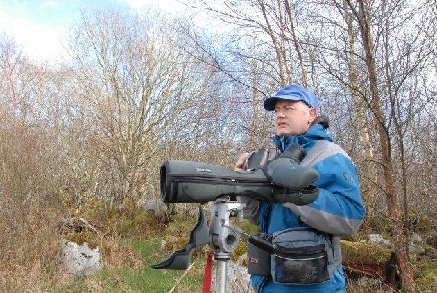 Naturentusiast: Stein Tofte har mye kunnskap om blant annet fugleliv etter flere års engasjement i regionens lokale ornitologiske forening.
