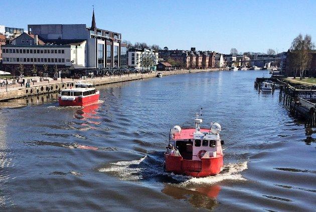 TROR IKKE PÅ BYFERJE: Elin Vera Hostvedt tror ikke en byferje er realistisk i Drammen, slik det har vært i Fredrikstad (bildet).