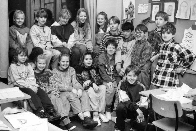 Klasse 5C ved Førde barneskule i 1992.