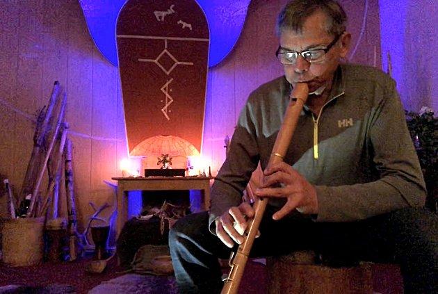Fløytespilleren Øistein.
