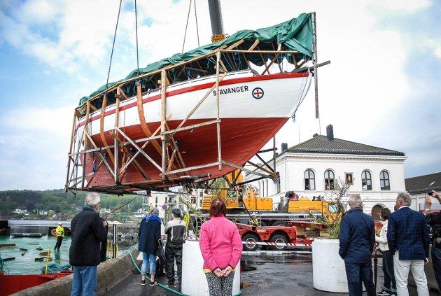47 FOT LANG OG OVER 20 TONN TUNG: RS 14 Stavanger er en av Colin Archers best bevarte av Colin Archers verdensberømte redningsskøyter. Nå er den plassert på Tollerodden.