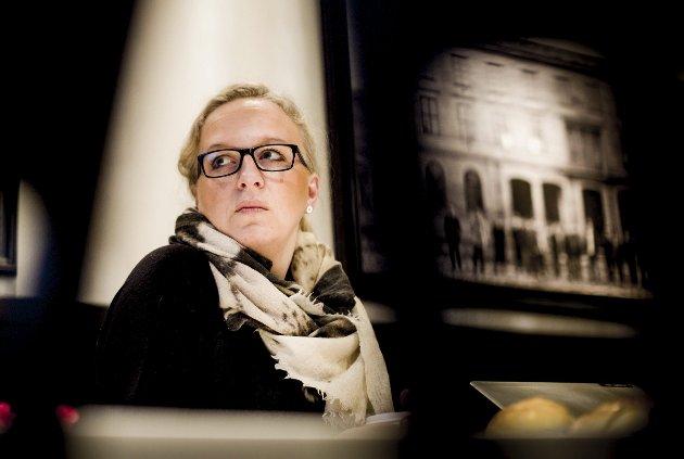 Reell Mistanke: Da Monica Halden undersøkte jenta som chattet med sønnen, fant hun ut at den personen slettes ikke var den hun utga seg for å være. Nå bekrefter politiet at «Sandra» er den overgrepssiktede mannen i 20-årene. BEGGE FOTO: Tom Gustavsen