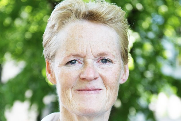 VIL HA HANDLING NÅ: Sunni Grøndahl Aamodt (Sp) vil at posisjonspartiene i Modum skal ta grep om situasjonen ved Vikersund skole med en gang.