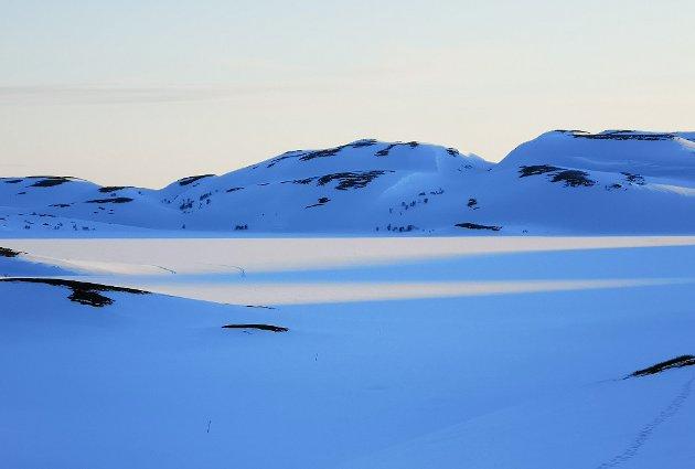 BOLYST: Sånn så det ut ved Iskløvervann natt til søndag. Det gir økt bolyst å kunne benytte seg av naturen, mener Thomas Wøhni.