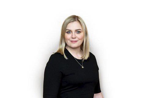 Tina Bru, Høyre, olje- og energiminister