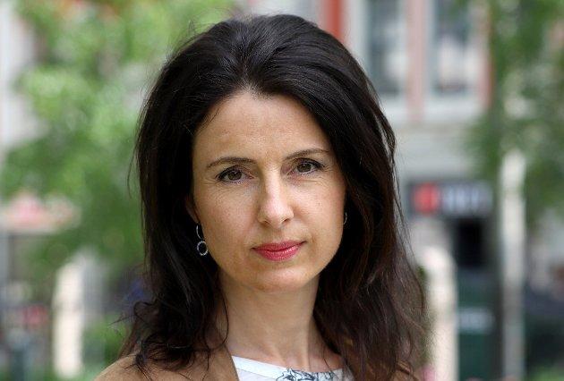 Domstolreforma er ei av mange store og sentraliserande endringar som regjeringa og støttehjulet Frp har stått bak i snart åtte år, skriv Jenny Klinge.