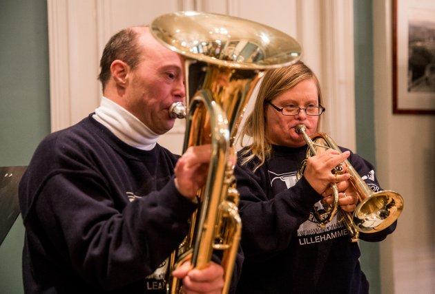 Øving før jubileumskonserten. Utsiktsbakken brassband feirer 30-års jubileum i 2017.  25. november skal bandet spille jubileumskonsert med Hans Majestet Kongens gardes musikkorps i Maihaugsalen.
