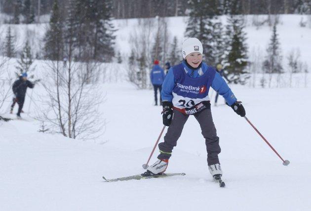 Halsøyrennet i fristil. Kretsrenn på Sjåmoen lørdag. Noah Rasmussen, Halsøy var blid og fornøyd da han la ut på sin løype.