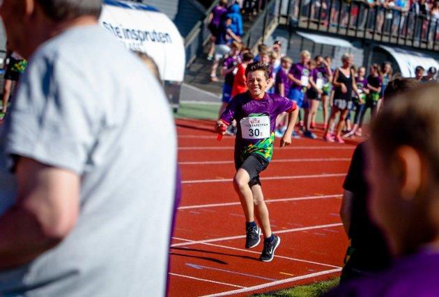 21 skoler deltok i den årlige Tine stafetten på Melløs.