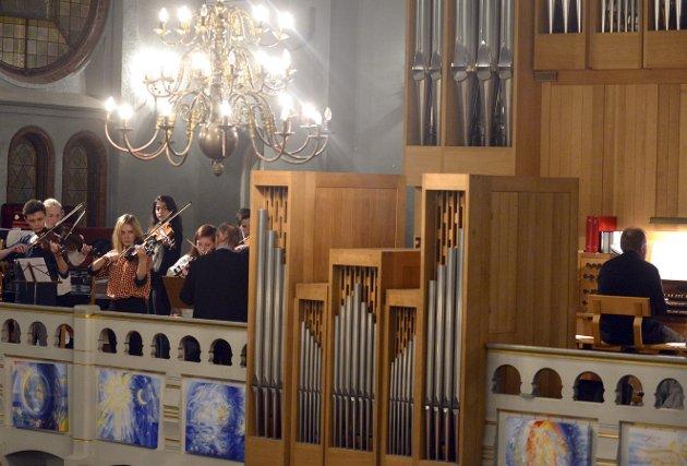 KULTUR I KIRKEN: I Sandefjord kirke er vi sandefjordinger så heldige at Musikk i Sandefjord kirke (MISK), skriver Bjørn Hoelseth. Arkivfoto: Atle Møller