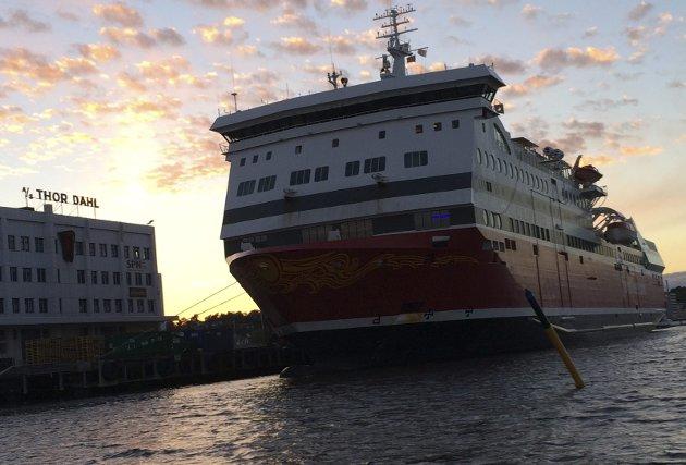 Ferjetrafikken: Med Fjord Line har dette endret seg, ved at nær sagt alle ansatte kommer fra Danmark eller Sverige, skriver Børre Karlsrud. Foto: Jan Roaldset