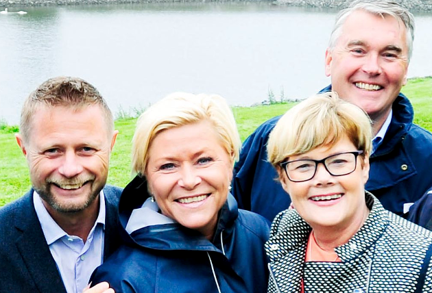 Statsråd Bent Høie (H), Frp-leder Siv Jensen, sammen med Buskerud-kandidatene Kristin Ørmen Johnsen (H) og Trond Helleland (H).