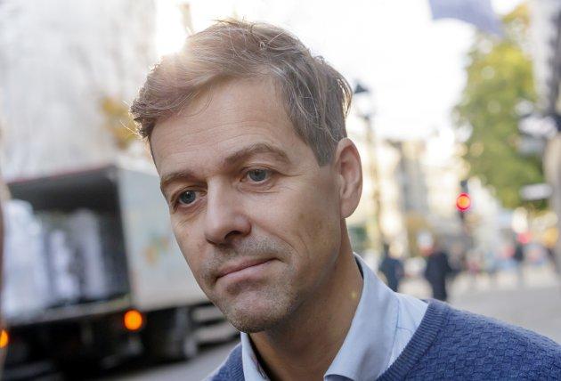 Sak før allianser: Innsenderen mener Knut Arild Hareides idé om å «bytte side» fra høyresiden til venstresiden i norsk politikk ikke gjør KrF til et vingleparti. Foto: NTB scanpix