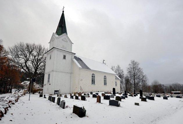 Ønsker bistand: Hurum kirkes venner håper middelalderkirken blir vedlikeholdt på best mulig måte framover. foto: Edgar Dehli
