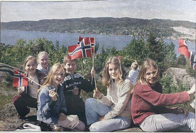 I 2005 markerte Montessori Skole i Drøbak Unionsoppløsningen som skjedde hundre år før. Her ser du Ingrid Stray Reutz, Emilie Hoel Solli, Benedicte Bjerknes-Haugen, Martin Gløersen, Maria Norström-Johnsen og Heda Aursnes.