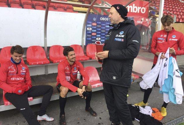 MER ANSVAR: Trond Amundsen og resten av KIL-gjengen trenger all den støtten de kan få i en vanskelig situasjon, mener Glåmdalens sportsansvarlig, foto: Henning Danielsen.  FOTO: Henning Danielsen