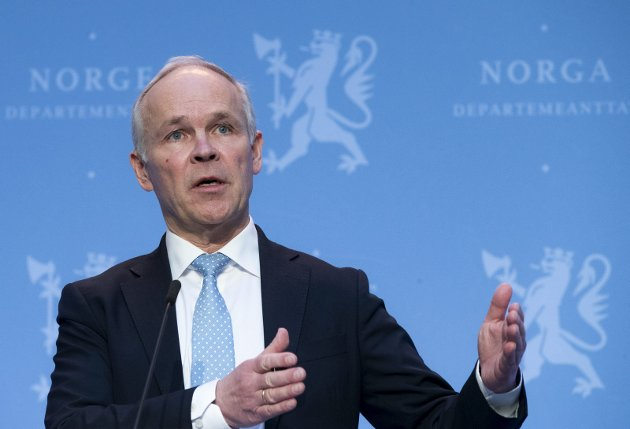 LANGTIDSPLAN: Finansminister Jan Tore Sanner med et heller lite lystig perspektiv. FOTO: NTB