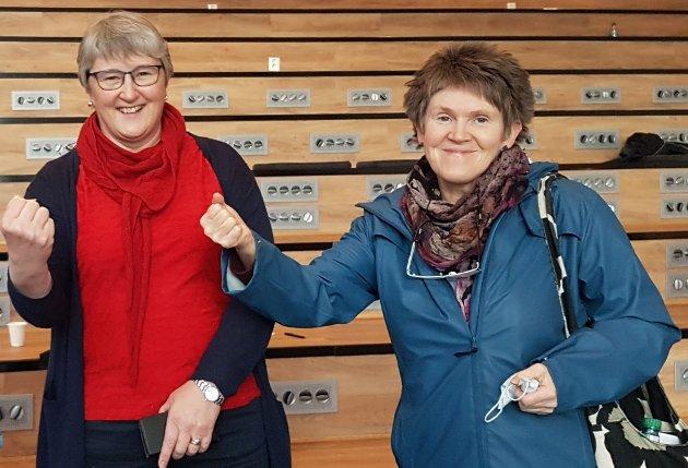 Birgit Oline Kjerstad (til venstre) og Ingrid Opedal i Møre og Romsdal SV.