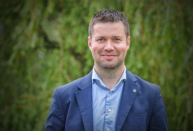 Geir Pollestad er leder av Stortingets næringskomite.