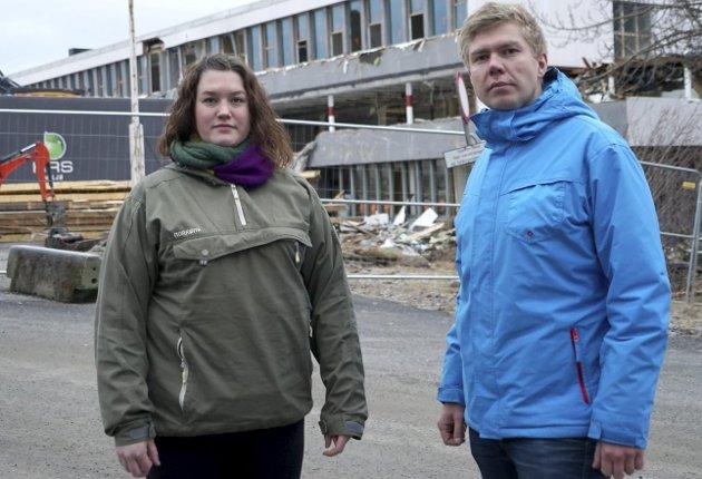 - Saken om å finne en midlertidig løsning for ungdomstrinnet ved Ankenes skole har vært en utfordrende sak for Narvik SV, erkjenner Ragne Johnsen Megård og Vegard Lind-Jæger.