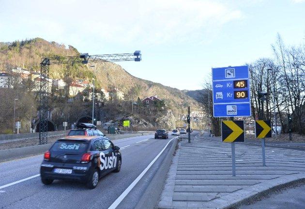 Jeg synes det er bra at kommunen tar et initiativ for å forbedre miljøet i Bergen, men jeg mener de gjør det på helt feil måte, skriver Tiril Furnes Jørgensen i dette innlegget.