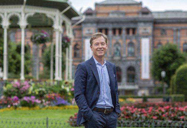 – Hvis vi alle går høsten i møte med en meters margin, bidrar vi også til noe historisk: Tidenes opphenting av norsk økonomi! skriver Eirik Fausa.