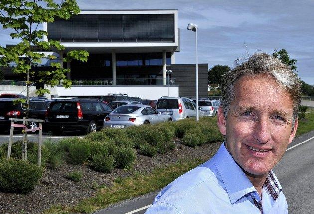 Oddmund Kroken er adm. direktør i Østfold Energi som leverte et solid overskudd for 2016. Halvparten av aksjene eies av fylkeskommunen som ikke lenger eksisterer etter 2020.