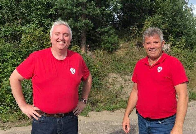 FJERNE KUTT: Arbeiderpartiet har en konkret plan for å fjerne Høyres kutt, sier fylkestingsrepresentant Bjørn Jarle Røberg-Larsen. Her sammen med Ap-nestleder Bjørnar Skjæran.