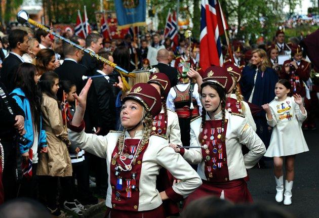 17. mai 2012, drilltroppen til Lande skolekorps.