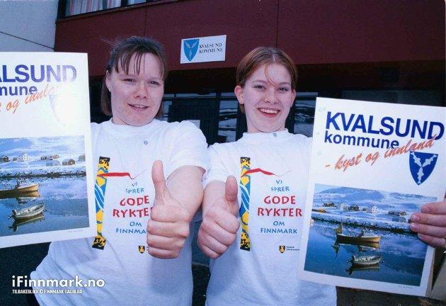90-TALLET: Hilde Svendsen og Renate Olsen i forbindelse med sak om Ungdomskonferansen i Kvalsund.