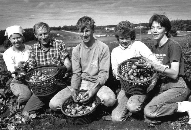 Nypoteter hos familien Simen Grimstad i Råde, 1988.