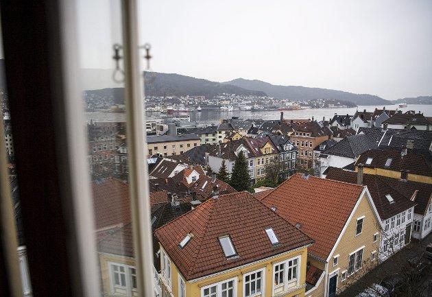 – Problemet med boligmarkedet, slik som i Norge, er at det er for lite av denne varen som alle må ha. Og når vi da i tillegg får ting som lave renter og større interesse for hjemmet, så sier det seg selv hvordan det må gå. Det viktigste tiltaket er å bygge mange nok boliger i hele Bergen. FOTO: EMIL WEATHERHEAD BREISTEIN