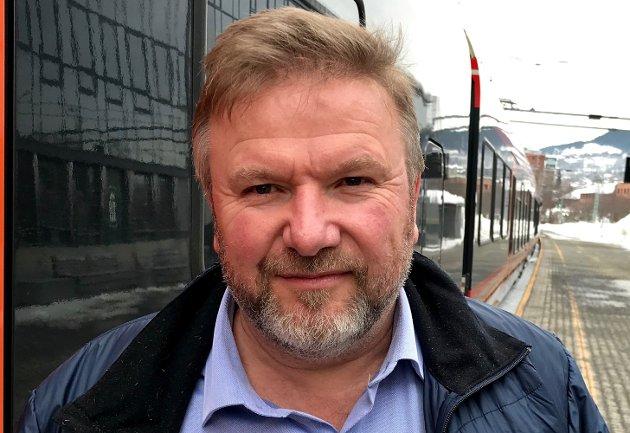 INTERCITY: Særlig på jernbane har vi de siste årene sett store og nærmest uforståelige kostnadsoverskridelser, som nå fører til mindre penger til andre prosjekt, skriver Bengt Fasteraune.