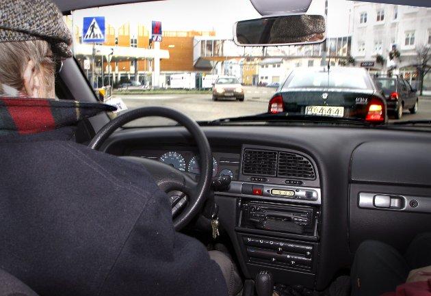 For Arbeiderpartiet var det en seier da Stortinget nylig vedtok å fjerne kravet om helseattest for sjåfører over 80 år, påpeker Sverre Myrli, transportpolitisk talsperson i Arbeiderpartiet, i dette innlegget. (Illustrasjonsfoto: NTB)