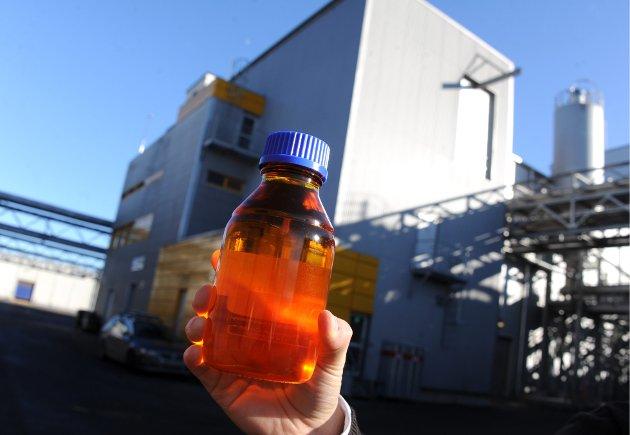 Biodiesel fra startfasen i Uniol på Øra. Arnfinn Eide kaller satsingen på biodrivstoff en tynn suppe av ideaslisme og populærvitenskap, i hvert fall produksjon i industriell skala.