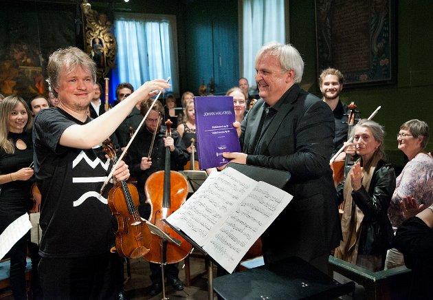 ET HISTORISK ØYEBLIKK: Henning Kraggerud senker buen etter å ha spilt den tapte fiolinkonserten av Johan Halvorsen - for første gang noe sted i verden på over hundre år. I Risør, selvsagt.