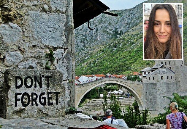 """KAN IKKE GLEMME: """"Mange av oss har mistet familiemedlemmer. Derfor kan jeg ikke tillate meg selv å glemme det som har skjedd med oss og vårt land. Derfor er det viktig for meg å bevare og fortsette å opprettholde min bosniske kultur og tradisjon, selv her i Norge"""", skriver Amila Vuckic Jacupovic fra Drammen."""