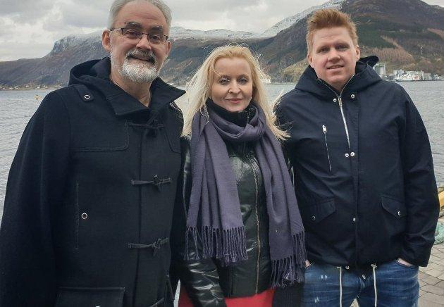 RAUDT-TOPPAR: Geir Oldeide og Marie Kronen Tveranger kritiserer Fellesnemda. Daniel Henriksson er ikkje involvert denne gong.